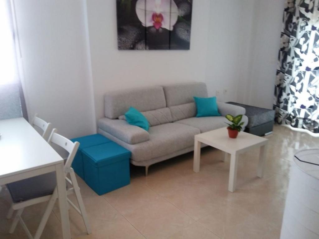 2 Bedroom 1 Bathroom Apartment in Guardamar Del Segura