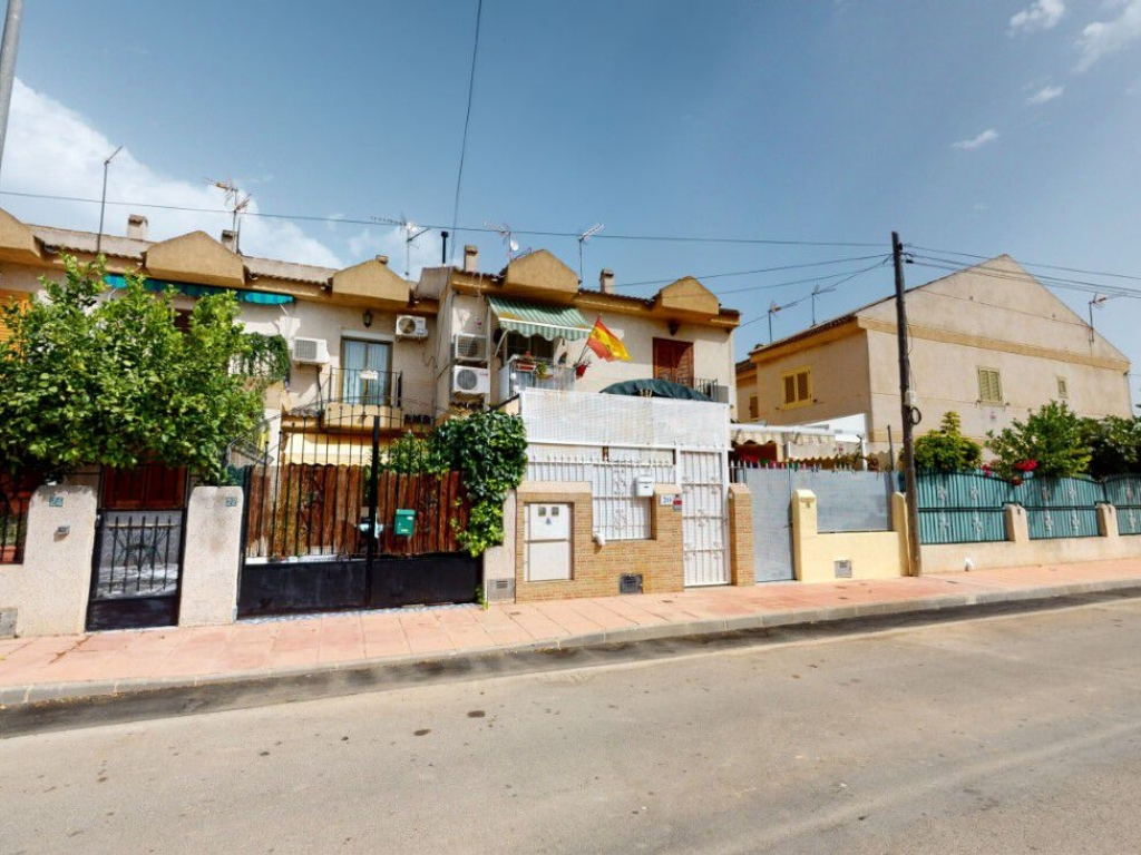 3 Bedroom 2 Bathroom Townhouse in  Santiago de la Ribera